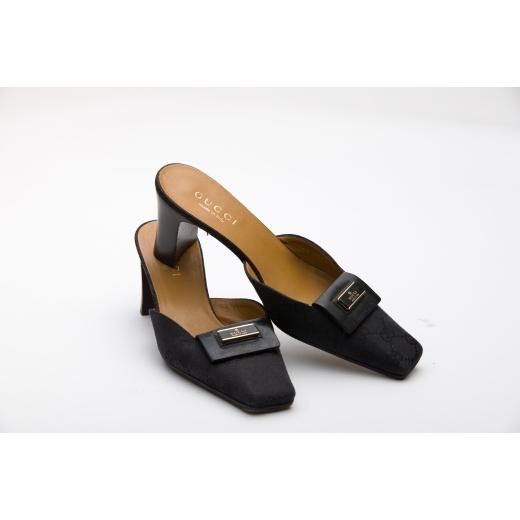 Gucci Monogram 90s Kitten Heels 36.5 Black