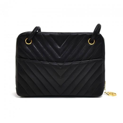 Vintage Chanel Black V Stitched Lambskin Leather S...